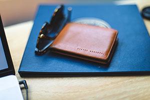wallet-300200